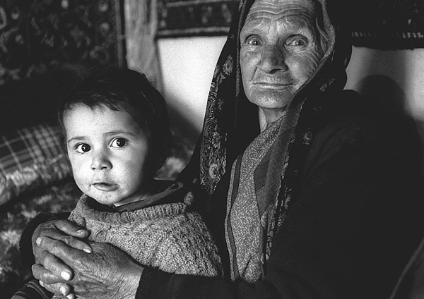 ©Андрей Никольский. «Республика Дагестан, поселок Куруш, 1998»