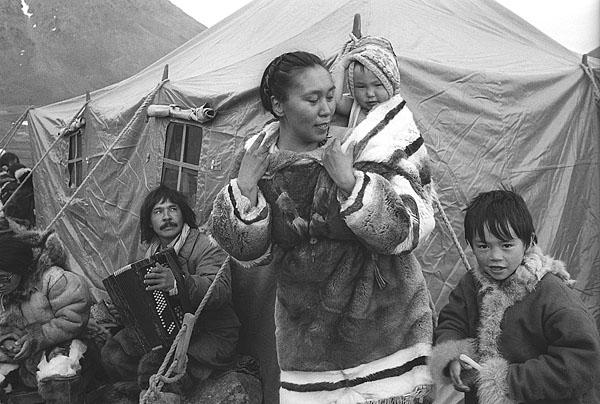 ©Андрей Безукладников. «Чукотский автономный округ, бухта Провидения, 1992»
