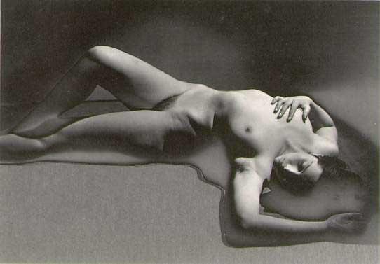 Primat de la matiere sur la pensee(Matter primes thought). 1929
