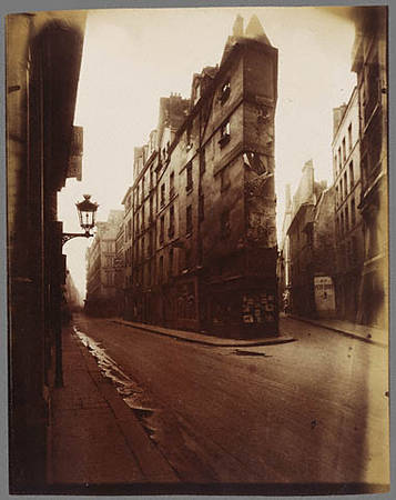 Corner of the rue de Seine and the rue de l′Echaude<br />