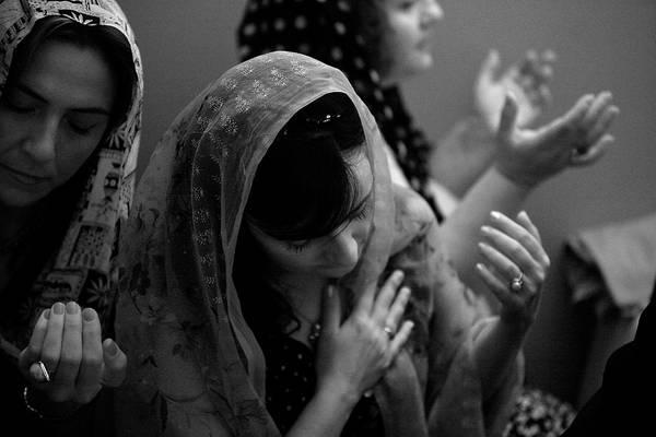 "©Фарит Губаев. «Из серии ""Турецкая свадьба"". Стамбул, 2008»"