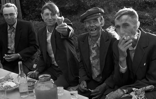 """©Фарит Губаев. «Из серии """"Деревенская свадьба"""". Татарстан, 1986»"""