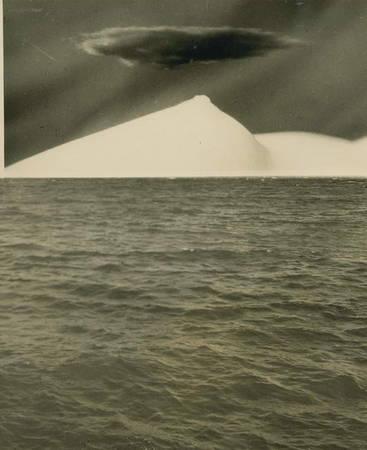 Kansuke Yamamoto. 1940