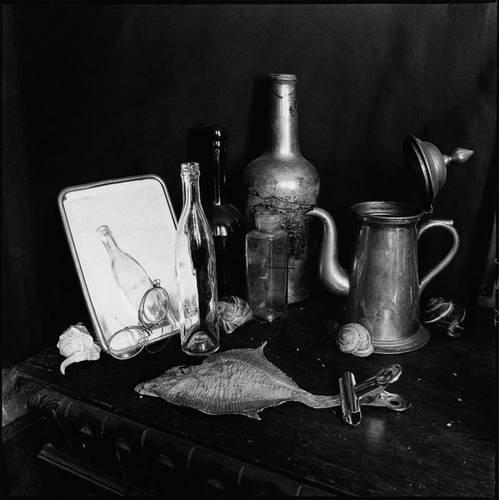 ©Борис Смелов. «Натюрморт с зеркалом и железным кофейником. 1990»