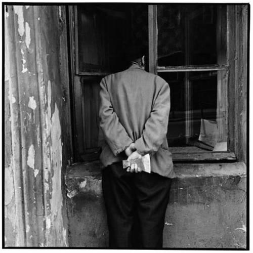 ©Борис Смелов. «Человек с топором. 1975»