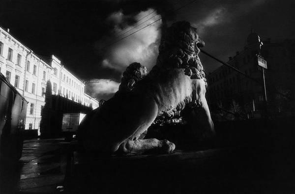 ©Борис Смелов. «Львиный мостик в грозу. 1995 (?)»