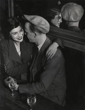 "Брассай. Пара в дансинг-холле ""Quаtre Saisons"", 1932"