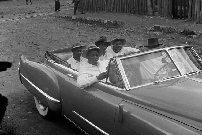 Bob Gosani, The Americans, courtesy Baily Seippel Galery Johannesburg.