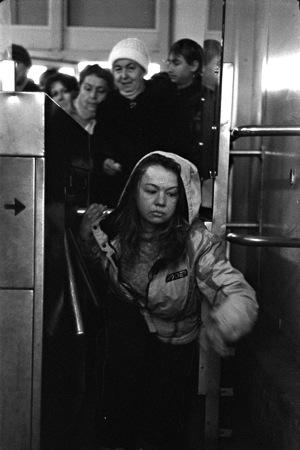 Евгений Краснов <br />  Выход в город<br />  2009<br />  Авторская ч/б печат