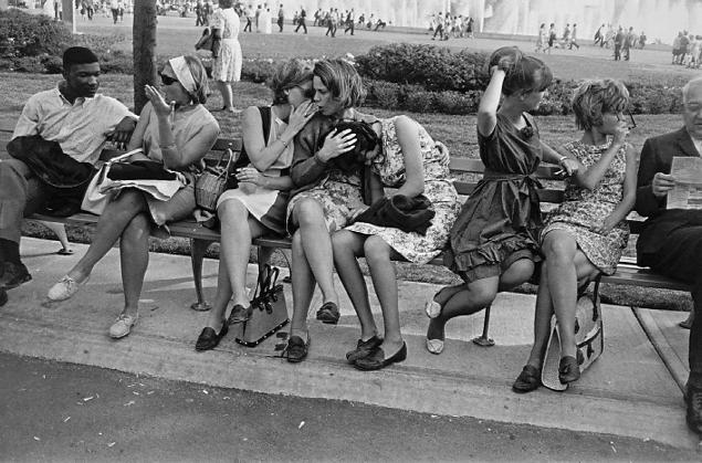 Garry Winogrand.  World&#8217;s Fair, New York.  1964<br />  © Estate of Garry Winogrand