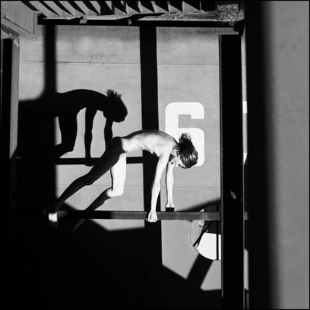 "Евгений Мохорев. Дина. Форт ""Константин"", Кронштадт. 2004<br />© Евгений Мохорев"