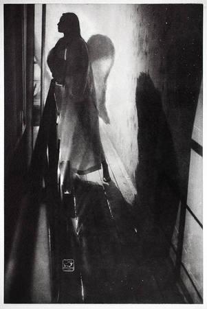 Максим Железняков. «Ангел на Галерее». Oilprint (Масляный процесс) <br /> Акварельная бумага<br /> Размер отпечатка 46x31см<br /> Авторский отпечаток в тираже - 5/6<br /> 2006г.