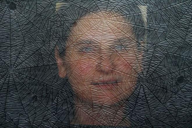"""Бриджит Коньен, Австрия<br>  Из серии """"Фамильный альбом"""", 2008, цв. фотография, 21х31см"""