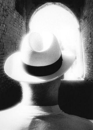 Фрэнк Дитури, США/Италия<br>  Шляпа Элвио, Италия (1992), 2010, цифровая печать C-print, 48.5х33см