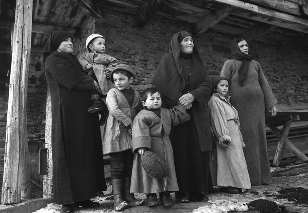 "Guia Chkhatarashvili, ""Generations"" 2000, ""Ushguli"" series, 1991-2000"