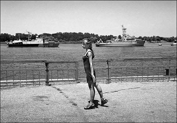 ©Олег Климов. «Военно-морской парад, Астрахань. 2000»