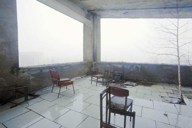 """© Андрей Кременчук. Терраса ресторана отеля """"Припять"""", Припять, 2009"""