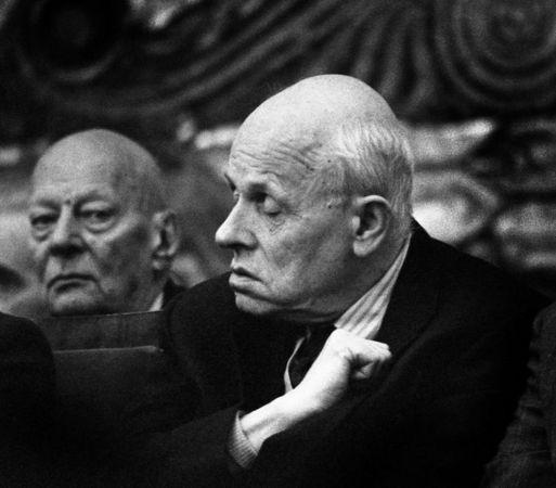 1988, Лев Шерстенников, 3-я премия, категория «Люди в новостях»