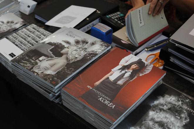 Продажа журналов о корейской фотографии