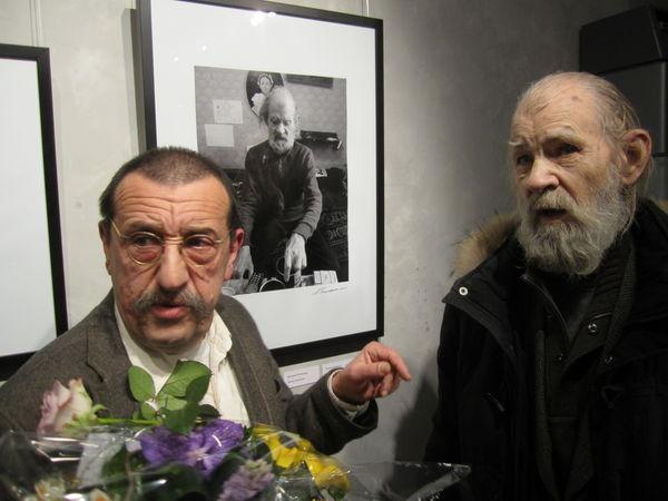 Анатолий Белкин и Владлен Гаврильчик на вернисаже выставки «Действующие лица»