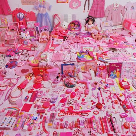 © JeongMee Yoon<br />Seowoo and Her Pink Things, 2005