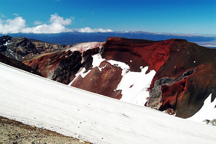 Склоны вулканического плато служили декорациями самых зловещих сцен фильма.