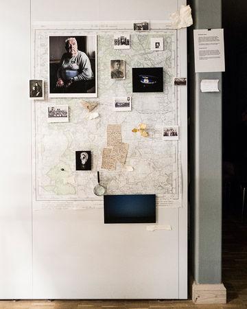 Инсталляция проекта Яна Россила «Несчастный случай»