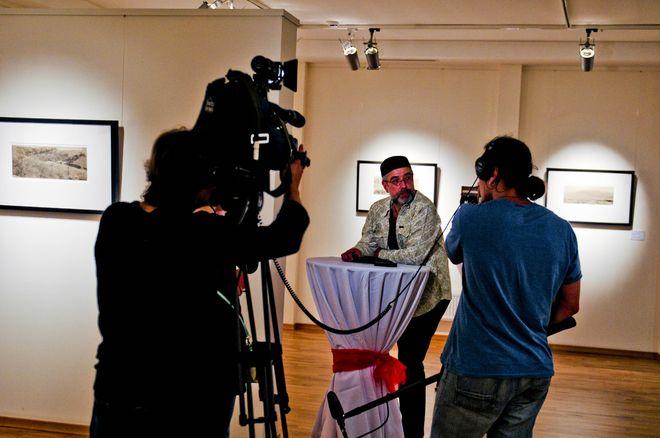 Ю.Левдик-Занаревский на открытии выставки