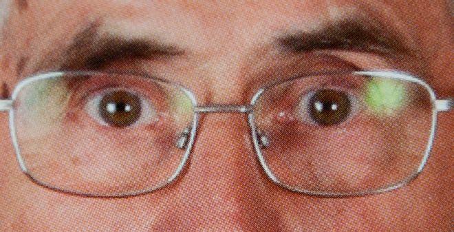 Деннис Ходжес. Из проекта «Посмотри в глаза. Предвыборная агитация стран мира». 2008. Цифровая репродукция фрагмента оригинальных плакатов