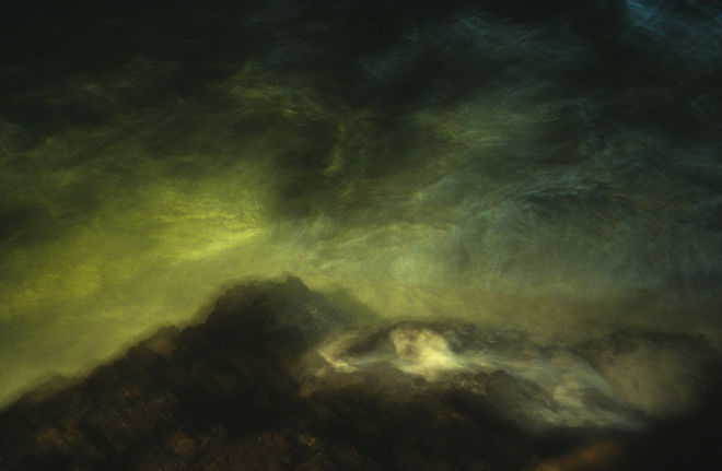 La mer à Marseille, 2007, tirage Fresson sur papier, 55 x 83 cm, Courtesy Galerie Françoise Besson © Dolorés Marat