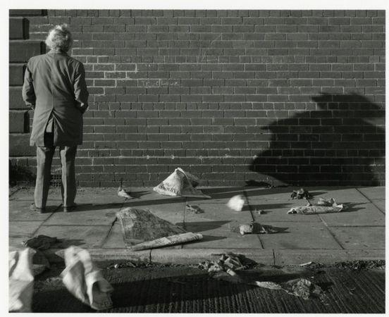 © Chris Killip, Le mur du grand amour, centre-ville de Gateshead, Tyneside, 1975