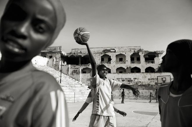 I JUST WANT TO DUNK. © Jan Grarup<br>