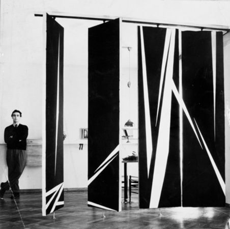 Painted Turning Panels, 1952-53 - William Klein can be seen with the architect Mangiarotti, top right.