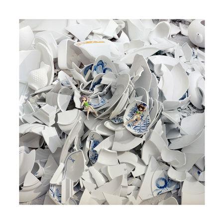 """Mangas, """"Meissen"""" series 2011. 70х70 см. Авторская пигментная печать на бумаге Fine Art. Тираж 1/5 + 2АР"""