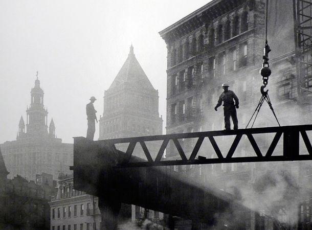 Dismantling Third Avenue L, 1955. © Sid Kaplan