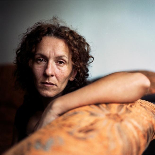 """© Elizabeth D. Herman. Катерина Калтак. Илиджа, Босния и Герцеговина. Из проекта """"A Woman's War"""""""