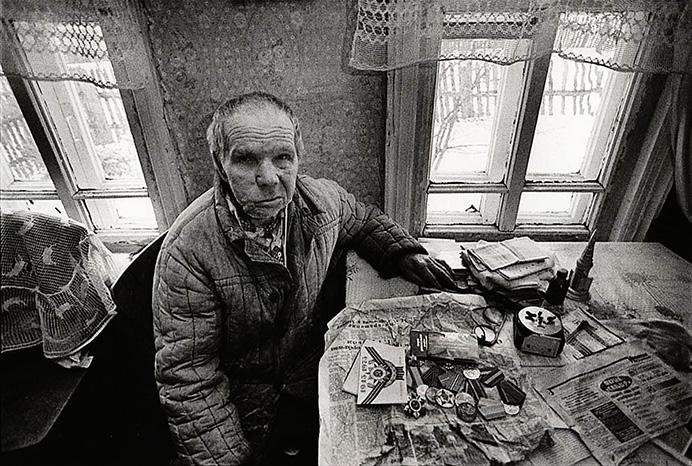 © Валерий Щеколдин. Поселок Колобово, Ивановская область, 1995