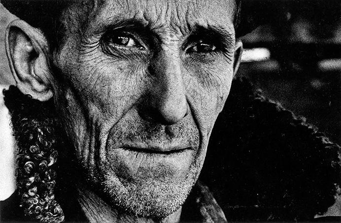 © Валерий Щеколдин. Караганда, 1988