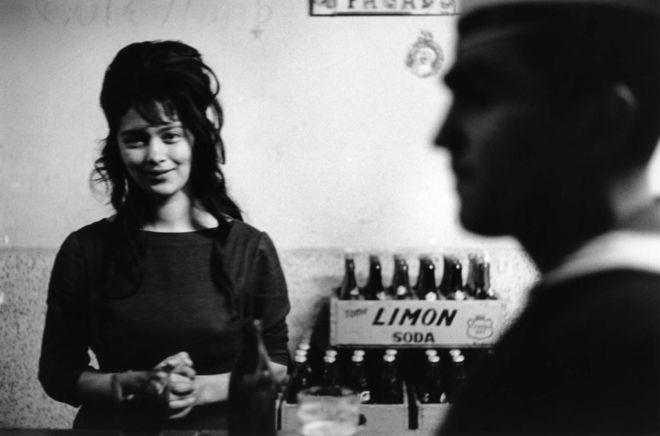 Bar, Valparaíso, Chili, 1963 © Sergio Larrain/Magnum Photos