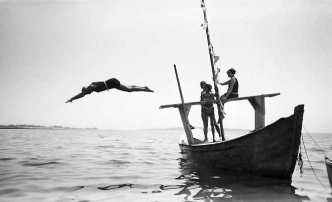 Vera, Villepion, Arlette et Bibi. Cannes, mai 1927 © Photographie Jacques Henri Lartigue - Ministère de la Culture – France / AAJHL