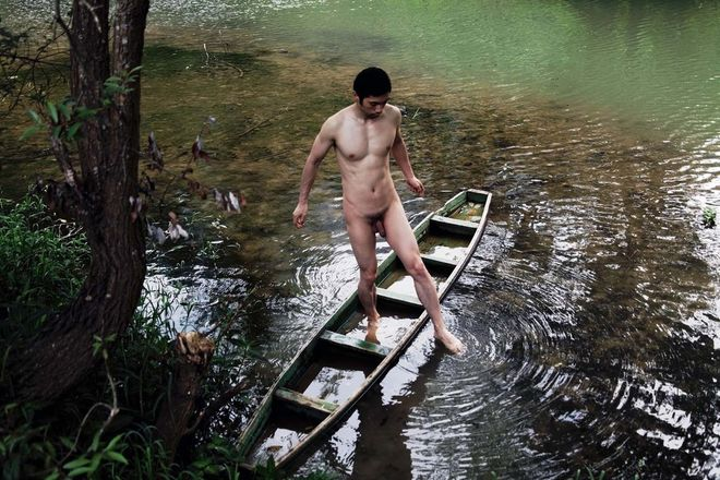 Shen Wei, Self-Portrait (Toes) (2011) // Courtesy of the artist