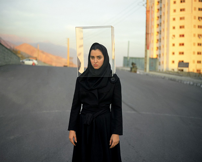 Listen No 8, 2010, c-print. © Newsha Tavakolian