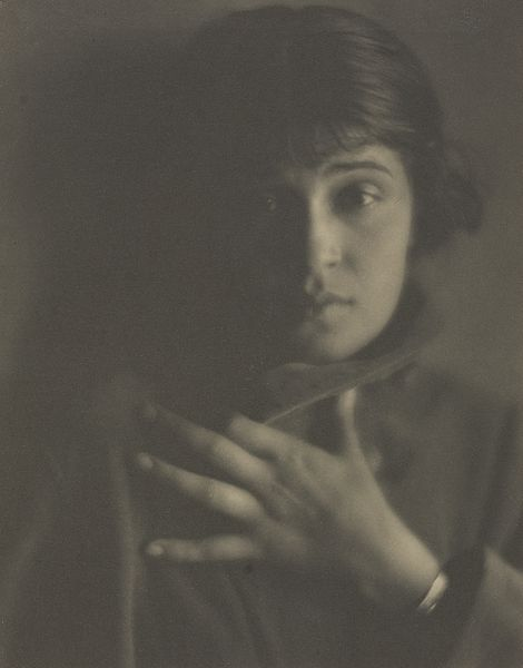 Tina Modotti, Glendale. Photograph by Edward Weston, 1921