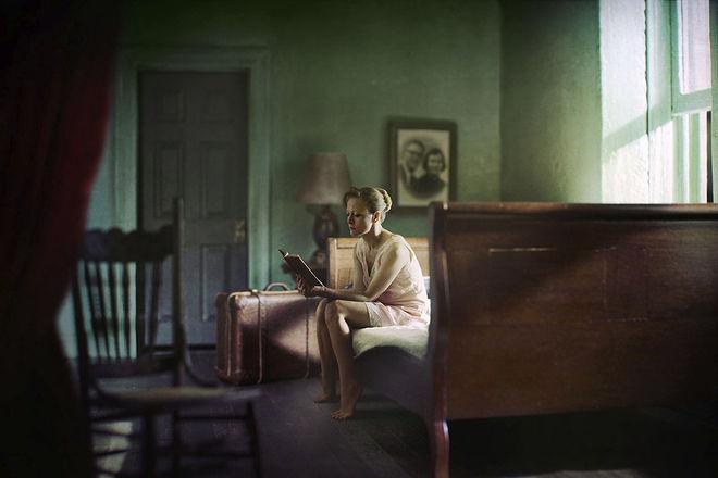 3 приз/ категория портфолио/  © Richard Tuschman/ серия Hopper Meditations
