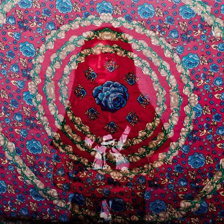 ©Hossein Fatemi, Иран. Из серии «Veiled Truths». Второе место в категории «Портфолио»