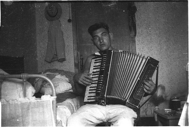 ©Марлен Матус (1939–2014). «Украина, Днепропетровская область, Приднепровск. 1953»