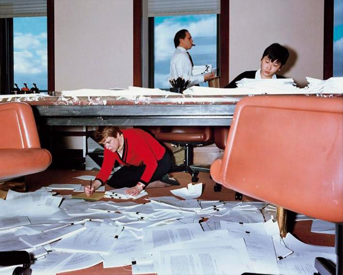 ©Lars Tunbjörk. Из серии ''Office''. В рамках выставки «Viewfinders. Современная фотография Балтии и Северных стран»