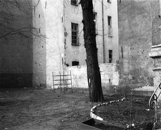© Michael Schmidt. Untitled, из серии Stadtbilder, 1982