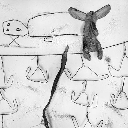 © Roger Ballen, Washing line, 2005