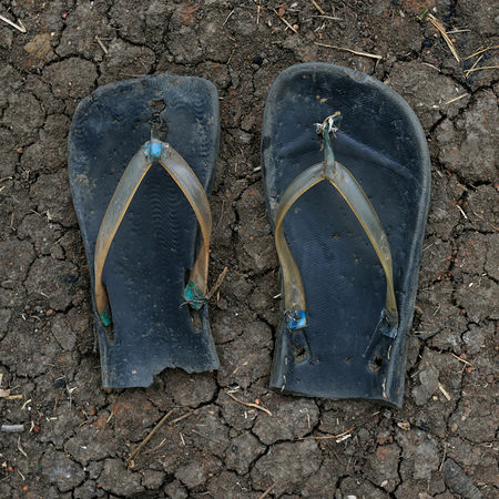 © Shannon Jensen. Makka Kalfar walked for many weeks from Buk. She is 7 years old. Из серии A Long Way, 2012